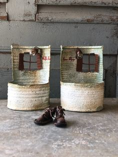1 million+ Stunning Free Images to Use Anywhere Tin Can Art, Tin Art, Pottery Houses, Ceramic Houses, Vintage Christmas Crafts, Christmas Diy, Tin Can Crafts, Crafts To Make, Home Crafts