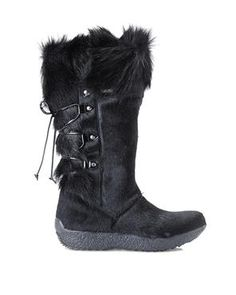 TECNICA Black Creek Fur III Boots #greatescapes #skiholiday #furboots #century21stores
