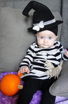 Halloween is fast approaching and we have unearthed some more great DIY Halloween costume ideas for all you creative mamas out there! Diy Cute Halloween Costumes, Tutu Costumes Kids, Kids Tutu, Halloween Dress, Halloween Kids, Costume Ideas, Infant Costumes, Halloween Kleidung, Blog