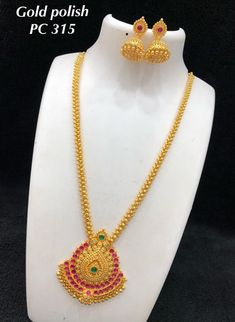 temple jewelry available at Arshi's. for bookings whatsapp on worldwide shipping. 1 Gram Gold Jewellery, Gold Jewellery Design, Temple Jewellery, Diamond Jhumkas, Gold Jhumka Earrings, Gold Necklace, Gold Mangalsutra Designs, Gold Earrings Designs, Necklace Designs