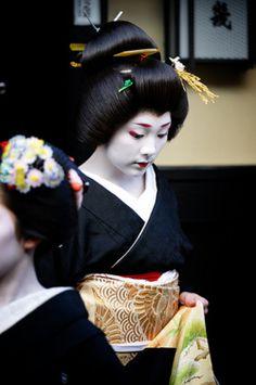 Geiko Ichiteru (by MASA PHOTOS)