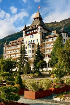 Hotel Walther | Pontresina Interior Work, Das Hotel, Palace, Virginia, Mansions, House Styles, Home Decor, Tourism, Decoration Home