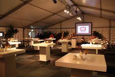 Tent voor relatie evenement of personeelsfeest
