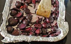 A vibrant beetroot dish - the perfect foil for roast meat, poultry or game Balsamic Vinegar Recipes, Beetroot Recipes, Healthy Recipes, Savoury Recipes, Healthy Foods, Roasted Meat, Poultry, Paleo, Easy Meals
