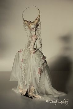OOAK Doll by Doll maker Dorote Zaukaite Villela Fairy Dolls, Ooak Dolls, Muñeca Diy, Creepy Dolls, Creepy Art, Paperclay, Doll Repaint, Fairy Art, Ball Jointed Dolls