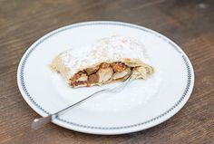 Gallery Le Court in Prague - the Best Apple Strudel