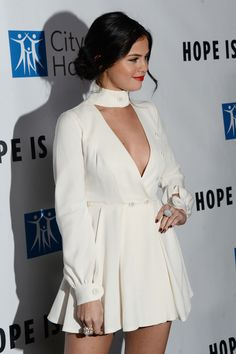 November 5: Selena attending the Spirit Of Life Gala hosted by The City Of Hope in Santa Monica, California [HQs]