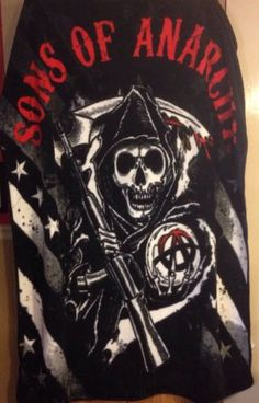"""45"""" x 60"""" Sons of Anarchy Reaper Flag Fleece Throw Blanket Used Black Red"""