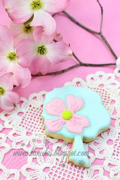 Haniela's: ~Dogwood Tree Cookies~