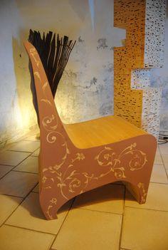 Poltroncina Patricia. Poltroncina in abete austriaco con linea novecentesca e decorazione pittorica floreale. di WoodnessDesign su Etsy