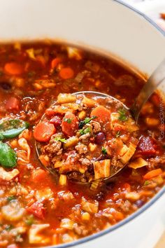 This 30 minute Italian Vegetable Soup will be the BEST version you try! Hearty, comforting ground beef & veggies in an Italian spiced tomato broth- SO good!