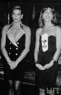 PRINCESS STEPHANIE & CAROLINE OF MONACO - 1990