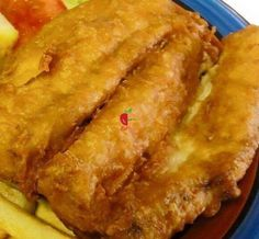 Battered Fish is well known to the Cape Malay culture in South Africa. South African Recipes, Ethnic Recipes, Malay Food, Battered Fish, Ramadan Recipes, Fish And Chips, Fish And Seafood, Seafood Recipes, Lasagna