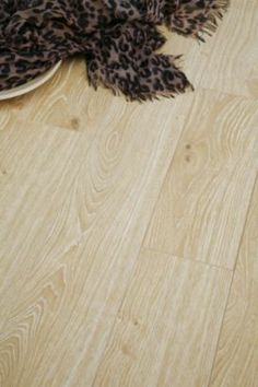 Colours Dolce Light Natural Charleston Oak Effect Laminate Flooring, 5052931064922 ; 5052931075584