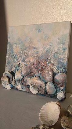* Willkommen Sie in meinem Kunstshop!  Dies ist eine abstrakte Mischtechnik Leinwand Gemälde  Es hat reichen Kunst-Texturen und viele Schichten, echte Muscheln, Steine, sand, malen und Freude aus dem Meer :)  Die Geschichte beginnt mit der einzigartigen Georgeus-Muscheln, die ich am Strand gefunden haben. Wenn ich sie zuhause mitgebracht, erkannte ich, dass sie die Leinwand zum Leben - für mich atemberaubend bringen können :)  VOM Meer...  Maße: 21 x 21 cm, 8,3 x 8,3 Zoll  MEDIUM: Louvre…