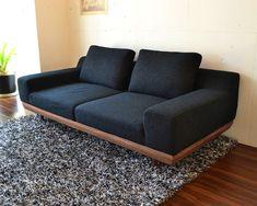 アルバソファ画像 Diy Furniture Plans, Home Decor Furniture, Furniture Design, Living Room Sofa Design, Diy Couch, Cool Kitchen Gadgets, Best Sofa, Sofa Set, Wood Design