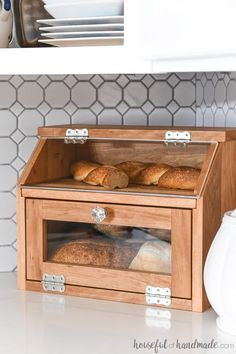 Build a beautiful DIY bread box with the Kreg Jig. This large bread box has plen… Sponsored Sponsored Build a beautiful DIY bread box with the Kreg Jig. This large bread box has plenty of room for multiple loaves of… Continue Reading → Pot Mason Diy, Mason Jar Crafts, Diys, Diy Casa, Diy Holz, Diy Décoration, Fun Diy, Diy Woodworking, Woodworking Furniture