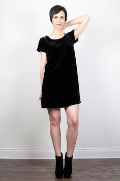 Vintage 90s Dress 1990s Dress Soft Black Velvet Dress Mini Dress Soft Grunge Dress Club Kid Dress Tshirt Dress Goth Dress M Medium L Large by ShopTwitchVintage #vintage #etsy #90s #1990s #dress #minidress #tshirtdress #velvet #velour #goth #clubkid #softgrunge