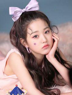 Kpop Girl Groups, Kpop Girls, K Pop, Laperm, Kpop Profiles, Cute Korean Girl, Most Beautiful Faces, Korean Makeup, I Love Girls