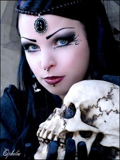 Absinthfree... - Gothic and Amazing