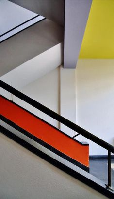 A staircase in the Bauhaus school of design, Staatliches Bauhaus, in Dessau, Germany. Featured in the 'sPraying Art' gallery on [link] Bauhaus Lines Design Bauhaus, Art Bauhaus, Bauhaus Style, Architecture Bauhaus, Le Corbusier Architecture, Staircase Architecture, Architecture Design, Interior Staircase, Walter Gropius