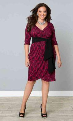 robe avec des motifs moderne pour femme ronde