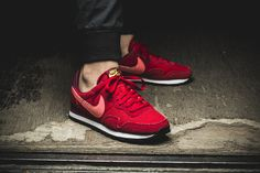 Girls, the Nike WMNS Air Pegasus '83 is available at out shop now!  EU 36 - 42 | 85,-€
