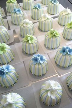 mini green and blue stripey cakes web. juliestallwoodcakes and biscuits
