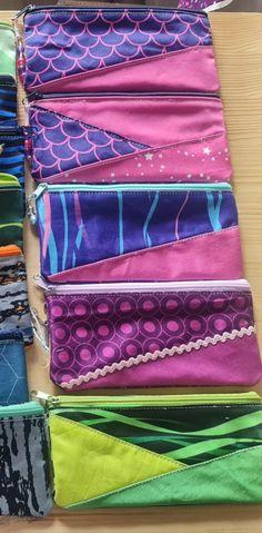 Gisela hat eine gute Idee, womit man die Schultüte prima füllen kann Bags, Fabrics, Back To School, Handbags, Bag, Totes, Hand Bags