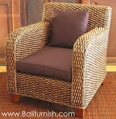 woven chairs....this website has tons for really cheap, but $1000 minimum order.  Direct from manufacturer in Bali.  Maybe get a multi person order together......after I get a cottage???  Driftwood and Rootwood tables & furniture available also.  VERY COOL!!!!