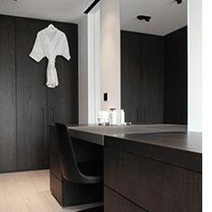 Projecten | Britt Van Namen Interieurarchitect//www.bedreakustik.dk Dedicated to deliver superior interior acoustic experience.#pinoftheday#interior #scandinavian design#architecture#luxury#black#bedreakustik//