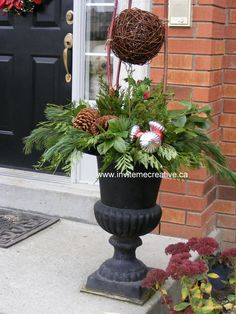 Urn Decor Delectable Fall Urn Decor  Fall Inspiration  Pinterest  Urn Fall Decor Decorating Inspiration