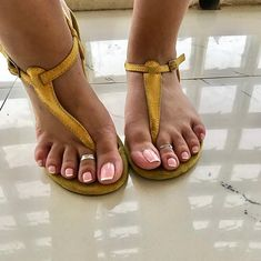 Final picture from the shoot. Hope you guys loved seeing my feet in these sandals Pretty Toe Nails, Cute Toe Nails, Cute Toes, Pretty Toes, Nice Nails, Tie Up Sandals, T Strap Sandals, Flat Sandals, Feet Soles
