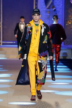 0971a440f8ae Dolce Gabbana Fall 2018 Menswear Collection