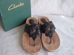 Women's Clarks BlackLeather Sandals w/ Box size 11 M- NICE! #Clarks #Slides