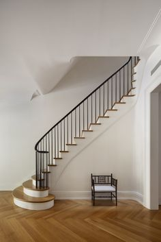 O'neill-Rose-West-Side-Townhouse-stair1-Remodelista