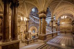 Glasgow City, Government Architecture, Day Trips From Edinburgh, Gloucester Cathedral, Marble Staircase, Staircase Design, Road Trip, City C, Glasgow Scotland