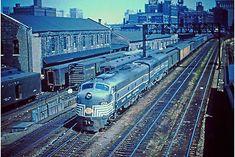 New York Central Railroad, Train Engines, Diesel Locomotive, Jazz Age, Train Tracks, Santa Fe, Transportation, Places To Go, Past
