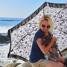 c37e67212d 133 Best BEACH BRELLA CUTE BEACH UMBRELLAS images in 2019   Beach ...
