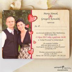 Drewniane zaproszenia ślubne ze zdjęciem i serduszkami