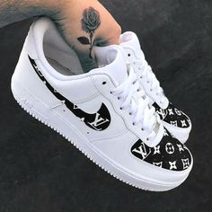 The 10 best Nike Air Force 1 Custom Kicks - page 2 of 10 - WassupKicks - cal .- 10 besten Nike Air Force 1 Custom Kicks – Seite 2 von 10 – WassupKicks – Kal… The 10 best Nike Air Force 1 Custom Kicks – page 2 of 10 – WassupKicks – Kallie Underwood – Dr Shoes, Cute Nike Shoes, Cute Nikes, Cute Sneakers, Hype Shoes, Sneakers Nike, Shoes Cool, Sneakers Workout, Flat Shoes