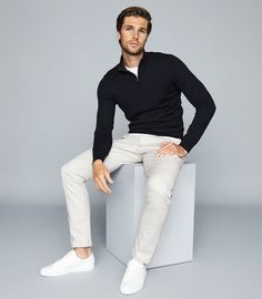 Sport Casual, Casual Wear, Casual Outfits, Men Casual, Men's Outfits, Dark Gray Suit, Dark Grey, Black Sneakers
