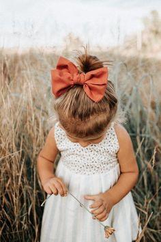 Boy Names Discover sweet little girl Baby Girl Fashion, Kids Fashion, Fashion Images, Fashion 2020, Retro Fashion, Fashion Trends, Cute Kids, Cute Babies, Outfits Niños
