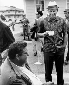 Steve McQueen and Jackie Gleason on the set of A Soldier in the Rain.