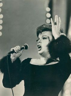 Judy Garland, Stirred, Straight Up, with a Twist.❤