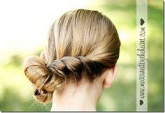 Pretty twist for your girls hair! http://instagram.com/sparklysodastyle