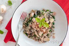 Zdravá pohánka so špenátom, hubami, syrom a tuniakom Tofu, Risotto, Detox, Food And Drink, Low Carb, Bread, Meals, Snacks, Vegan