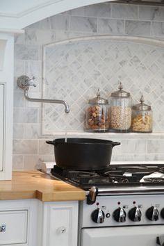 instahot Kitchen Farmhouse with Aga range backsplash beadboard Carrara Chardon… Aga Kitchen, Kitchen Hoods, Kitchen Redo, Kitchen Remodel, Kitchen Design, Kitchen Ideas, Kitchen Inspiration, Stove Backsplash, Grey Backsplash