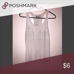White Sequined Razor Back Sz xs 🔥🔥💰Bundle and Save// Don't be afraid to offer, who knows 😉 Tops Tank Tops