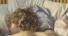 Caras com cabelos encaracolados